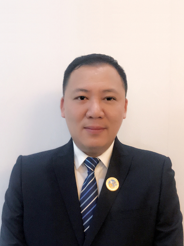 常务副会长王堂兴